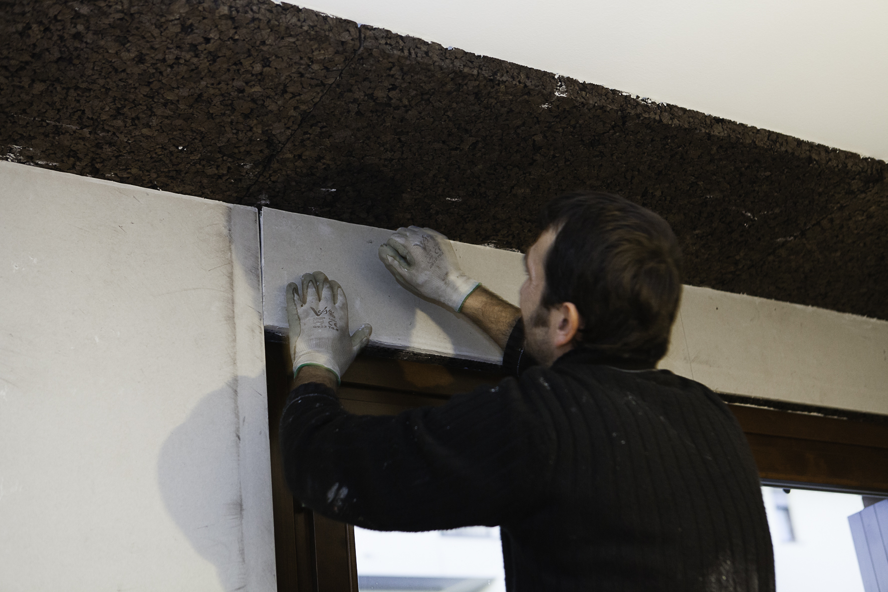 Posizionamento dei pannelli Corkges e realizzazione isolamento intradosso