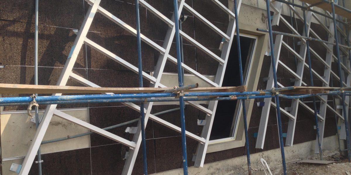 facciata ventilata di una banca isolata con sughero corkpan a Lagos