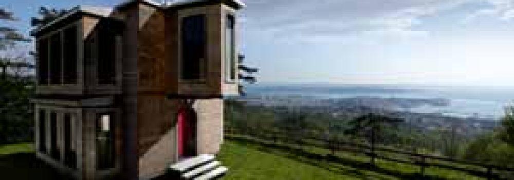 Edificio modulare realizzato con cappotto in sughero MD Faccaita a vista da Edilanzutti