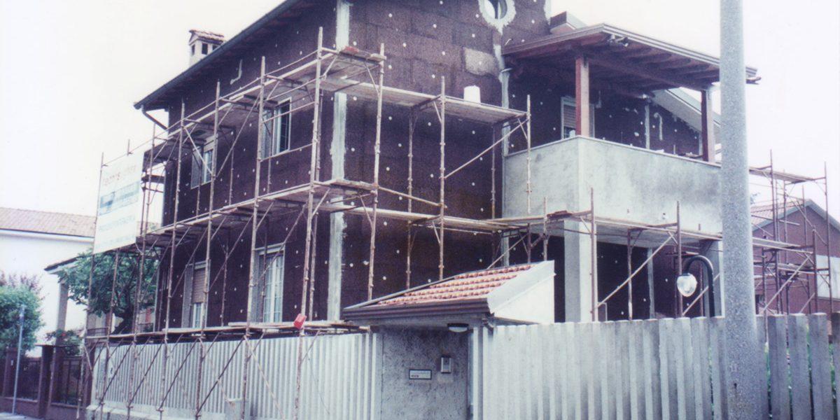 Cappotto in sughero realizzato nel 1990