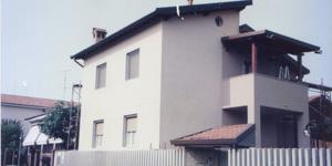 Palazzina isolata con sughero corkpan negli anni 80 e ancora esistente