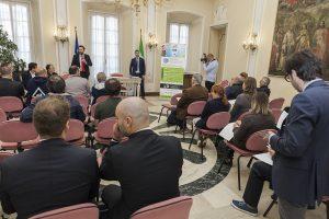 Conferenza di presentazione Cubo di Ghiaccio Varese