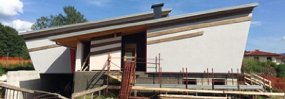 La Casa 3 Cime, progettata dall'Arch. Emanuele Garufi è realizzata con struttura XLAM e cappotto in sughero espanso CORKPAN