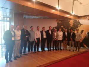 Foto di gruppo con il presidente Antonio Amorim e i relatori intervenuti al convegno