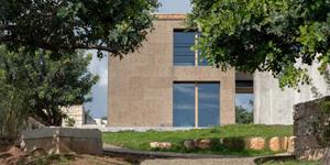La residenza Nemini Teneri a Scicli è rivestita con sughero a vista MD Facciata