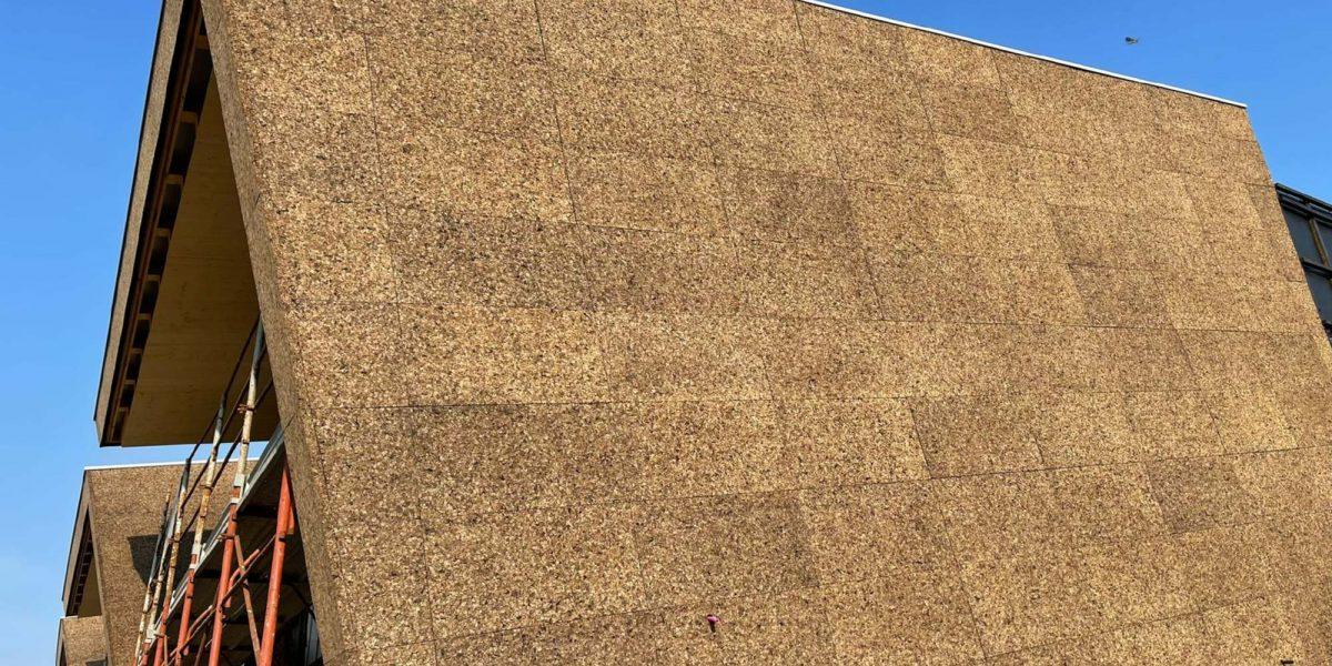 Trifamiliare-Mulazzano-sughero-a-vista-3-1200x600.jpg